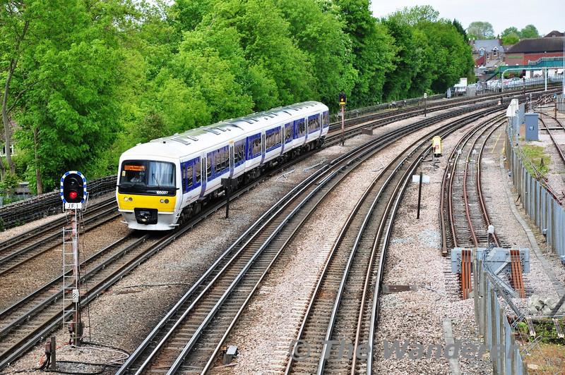 165037 heads to London Marylebone at Highfield Road Bridge, Northwood. Sat 25.05.13