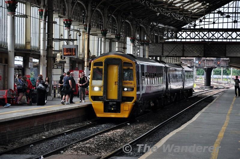 158758 arrives at Preston. 1811 Blackpool North to Leeds. Fri 10.07.15