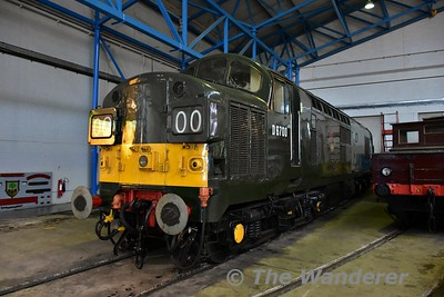 Class 37 No. 6700 (37350) on display in the Great Hall at the National Railway Museum. Sun 12.11.17