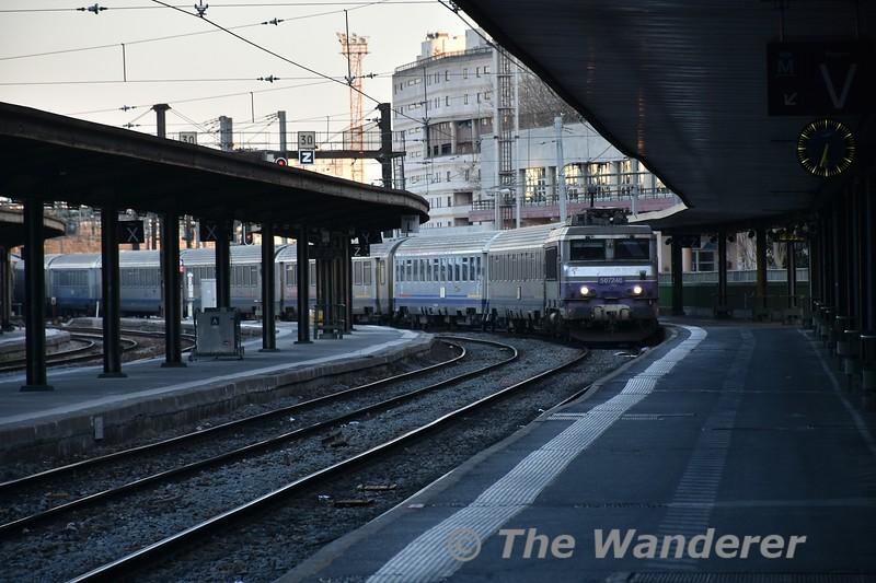 SNCF Class BB 7200 507246 arrives at Gare de Lyon. Tues 20.03.18