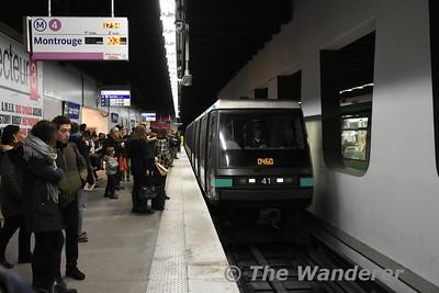 Line 4 train at Les Halles. Sun 18.03.18