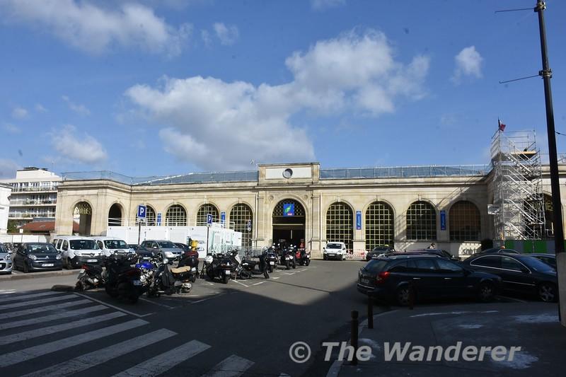 Versailles - Rive Droite Station. Tues 20.03.18