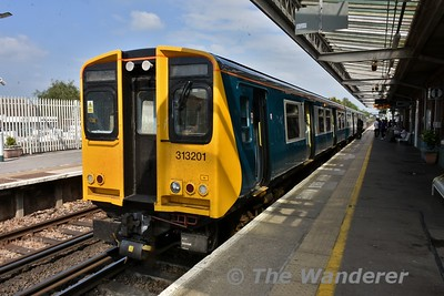 313201 at Barnham with the 1502 Brighton to Portsmouth & Southsea. Wed 23.05.18