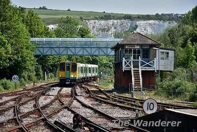 313206 approaches Lewes with the 1155 Seaford to Brighton. Wed 23.05.18