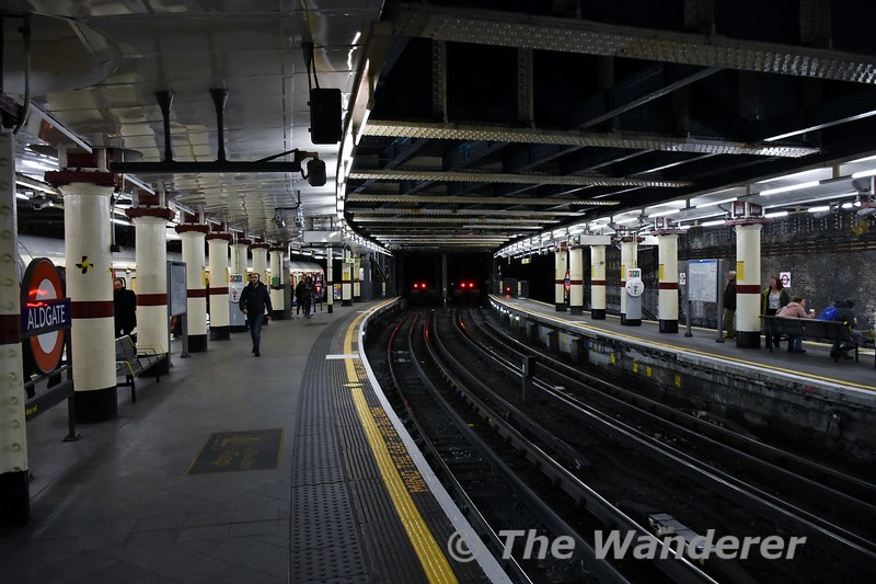 Aldgate Station. The station has four platforms and the centre pair are terminating platforms for the Metropolitan Line. Thurs 15.03.18