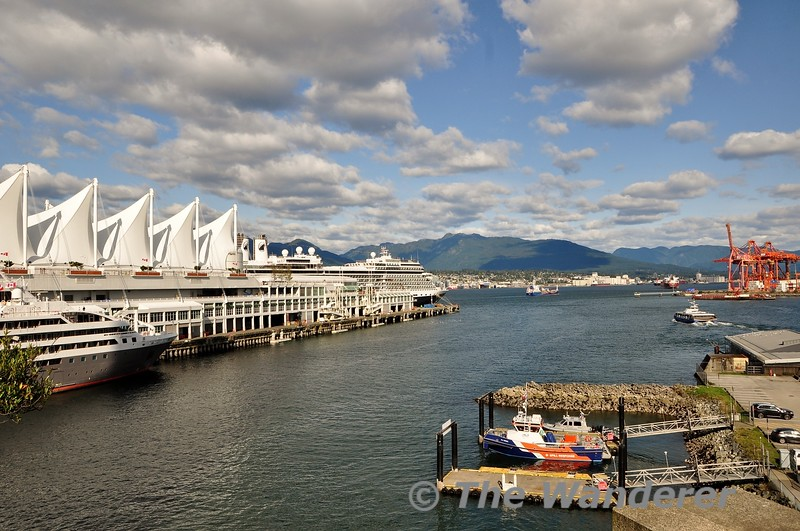 Views from Granville Plaza looking out at Vancouver Harbour. Sun 29.09.19