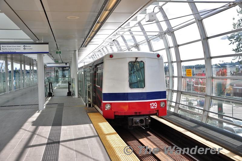 The Skytrain in Vancouver. Main Street - Science World. Sun 29.09.19
