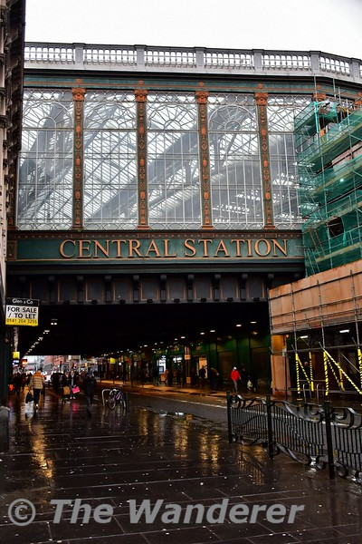 Glasgow Central Station straddling Argyle St. Tues 26.11.19