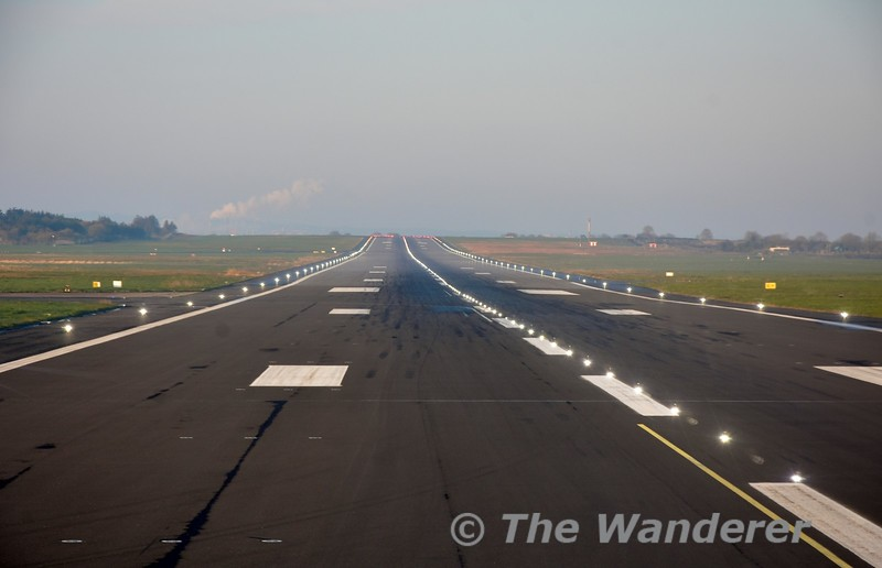 Entering runway 24 at Shannon. Fri 05.04.19