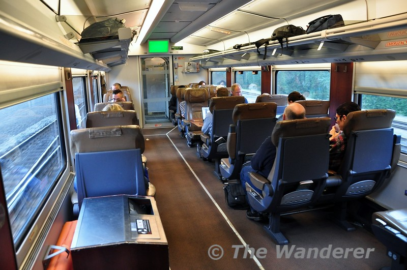 Business Class on the Talgo sets is in a 2 + 1 layout, mainly in airline style. Wed 25.09.19