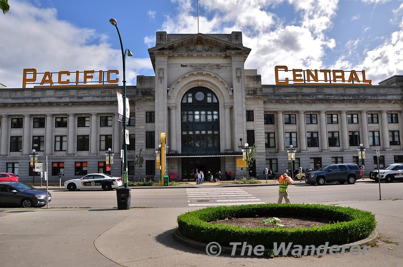 Pacific Centra Station in Vancouver. Sun 29.09.19