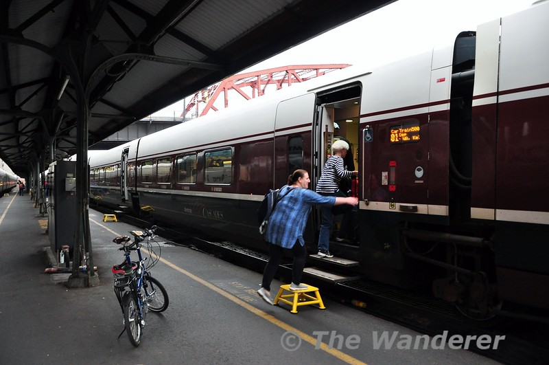 Boarding the Talgo Trainset to head to Seattle. Wed 25.09.19