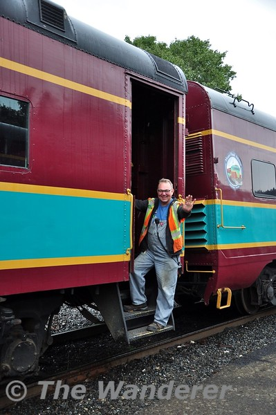 The Conductor for our train today was Lorin Cutts who used to work with IE in Cork and before that with Railtrack and BR in the UK. He is now out West in this part of the USA. Sun 22.09.19