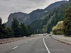 Road trip along I84 from Portland Airport to River Hood. Sun 22.09.19