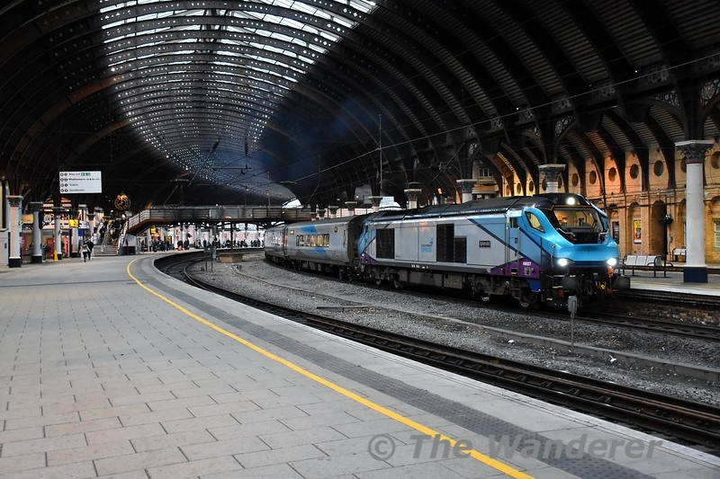 68027 arrives into York with the 0627 Manchester Piccadilly to Scarborough. Mon 10.02.20