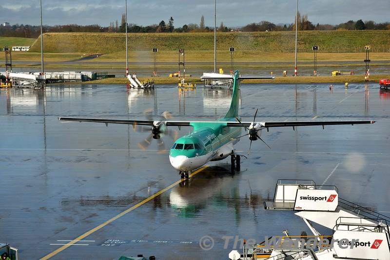 EI-FAU arrives at Birmingham with EI3272 from Dublin. It would now fly EI2373 back to Dublin. Mon 10.02.20