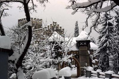Gate, Schloss Itter, Kufstein, Austria