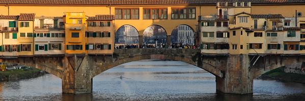 Ponte Vecchio Rowing 4384