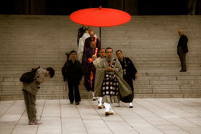 Naritasan Monks 2  1611cs