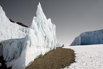 Furtwangler Glacier, Kilimanjaro 4056cs