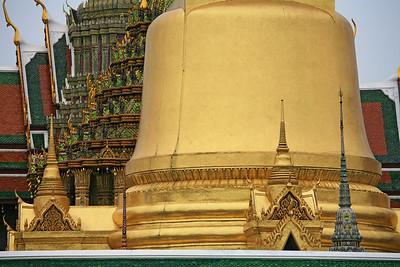 Phra Si Rattana Chedi 2572