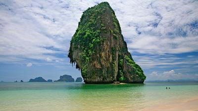 Ao Phra Nang Bathers 1739p