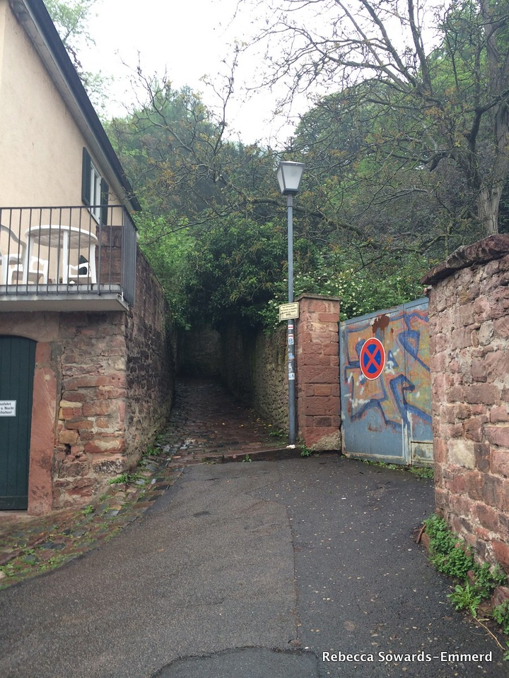 The tucked-away start of the trail. A twisty cobblestone path to the philosophers way.