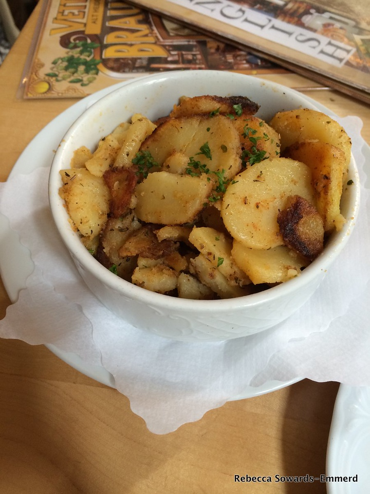 And fried potatoes. My favorite.