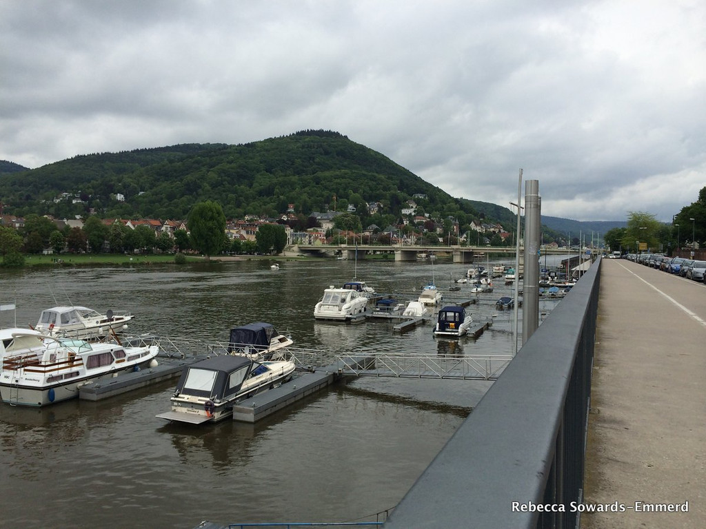 I arrived in Germany on a Sunday morning after an 11 hour flight. I didn't want to go to sleep and prolong the jetlag, so I decided a nice long walk along the Neckar River in Heidelberg would help.