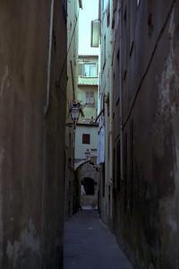 Alleyway in Florence (?)