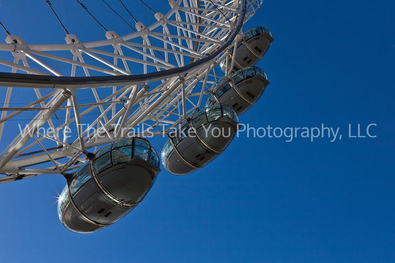 7  London Eye Pods
