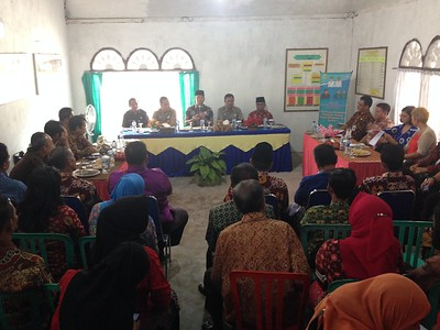 First village based community meeting with Mayor (Jambi, Indonesia)