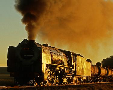 May 28, 2007.  Sekonyela crossing.  25NC and mixed train.
