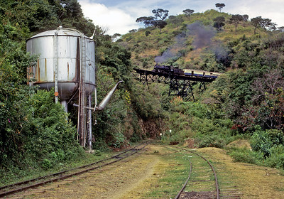 November 1970.  Our second charter was from Zacapa to Ipala and return, on the branch to El Salvador. This is La Cuesta on the Ipala loops.