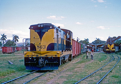 January 1968.  Santa Lucia station on the IRCA, which was their station for Santa Ana.  Both the IRCA and FES served Santa Ana, but there was not physical connection.  Santa Ana was a big coffee shipping point.