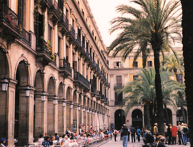 Plaza Real--Barcelona, Spain