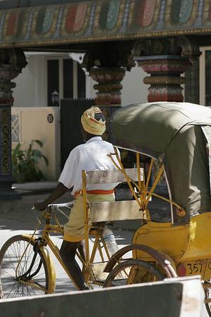 Bike powered rickshaw