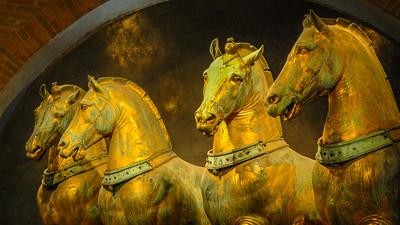Italy Venice Horses 1267 16 x 9
