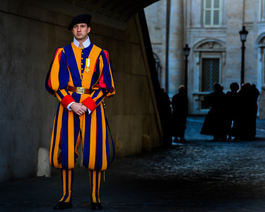 Italy 2 1042 Swiss Guard at Vatican