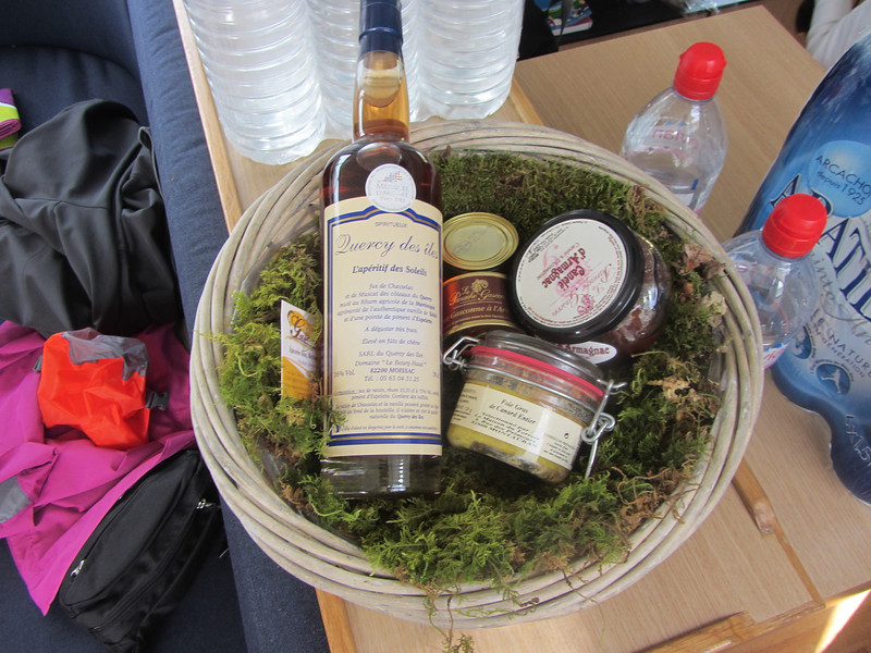 I had arranged for a special occassion gift basket of local specialties to be provided as a welcome gift to pals Connie and Linda, without whom this adventure never would have been in my consciousness.  Appears that canard (duck) IS the specialty of the region.