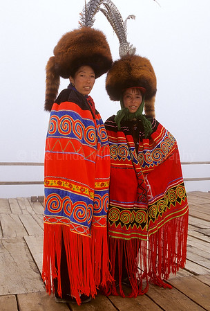 Naxi Women, Yulong Stone Mountain, Lijiang, China, Asia, Asian