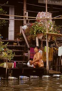 Woman near Damnoen Saduak Floating Market, Ratchaburi, Thailand, Southeast Asia,