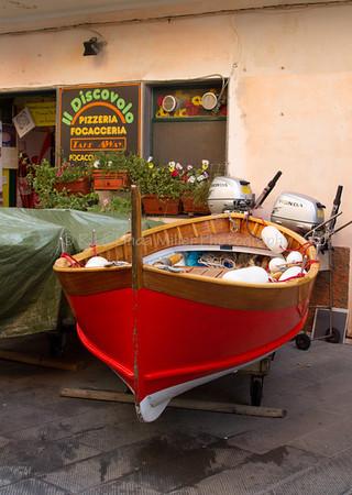 Fishing Dorries, Manarola, Cinque Terre, Italy, Europe,