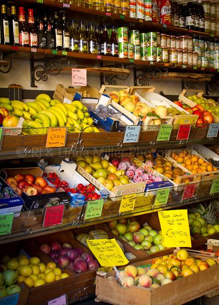 Fresh Fruit Market, Lucca, Italy, Europe