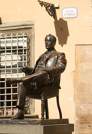 Puccini Statue, Lucca, Italy, Europe