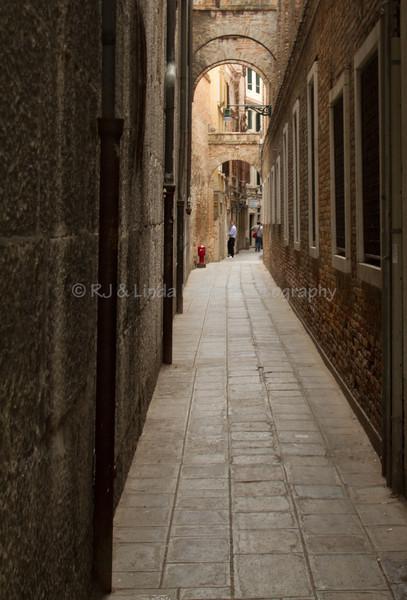 Narrow Street, Venice, Venezia, Italy