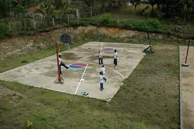 DR 08 040 Basketball