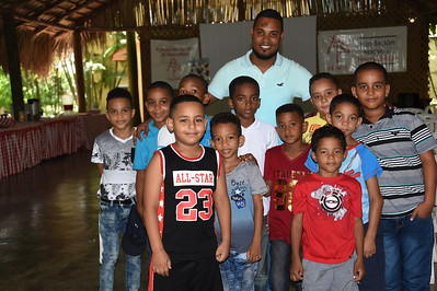 Brahian Valdez with his group