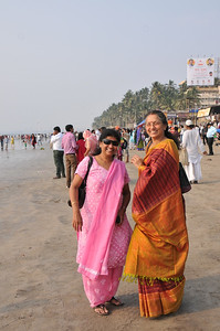 Indira Nair, executive member of Mumbai Chapter, and Usha Parasarathy, liaison for Save One Life
