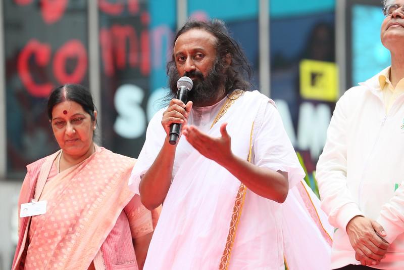 Sri Sri Ravi Shankar greets  1st International Day of Yoga participants  at NY Times Square on 21st June 2015...pic Mohammed Jaffer-SnapsIndia